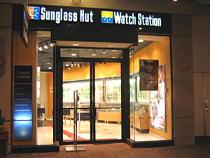New Sunglass Hut Location